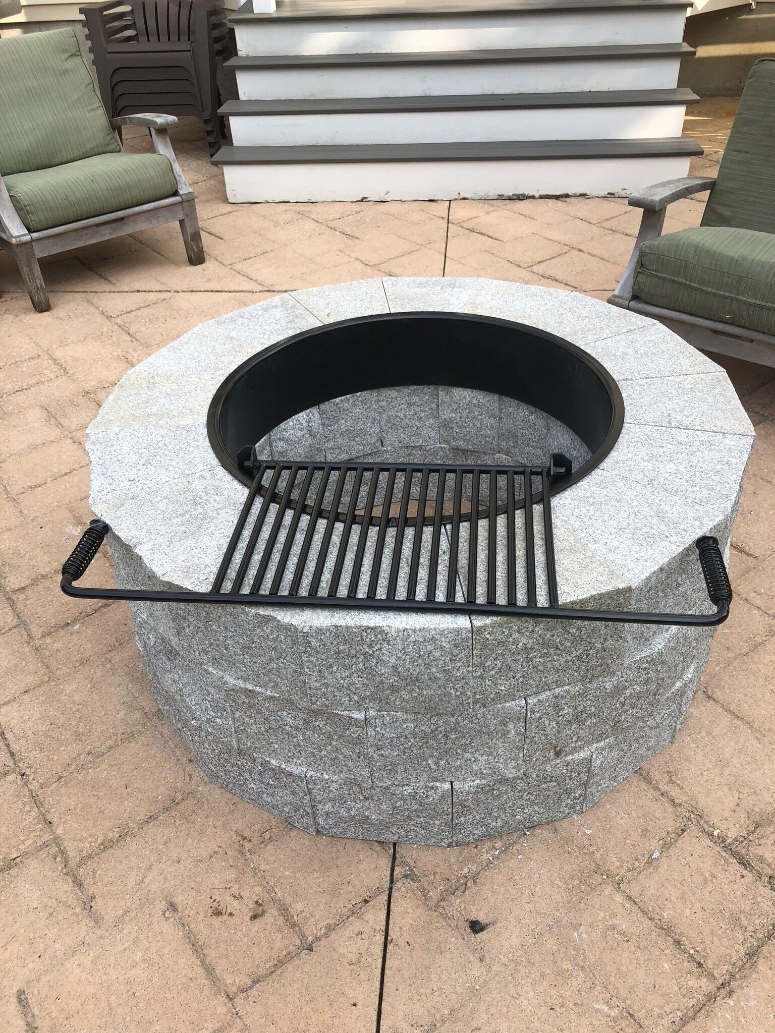 Firepit with Grill